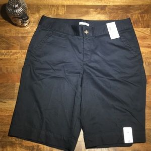 NWT Dockers black shorts.